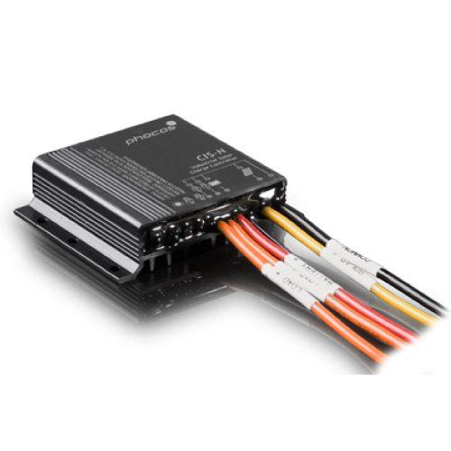 Regulador de voltaje Phocos 2800mA