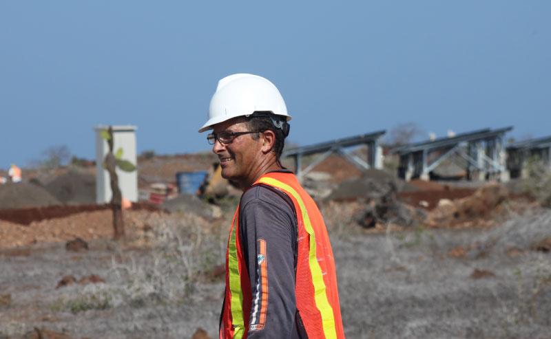 Trabajador de servicio post venta de Renovaenergía