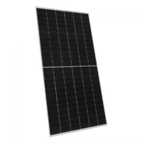Panel solar Jinko Solar en Quito