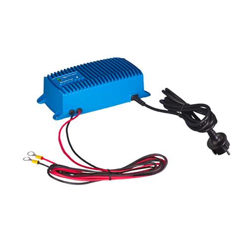 Cargador de Batería Victron Energy Blue Smart IP67 Charger 24/12(1) 120V NEMA 5-15 BPC241215106